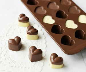 chocolate and heart image