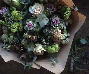 flowers, grunge, and bouquet image