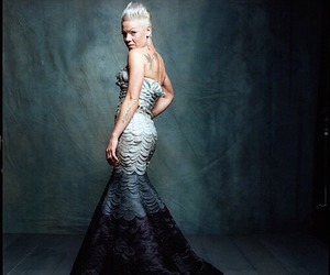 P!nk and singer image
