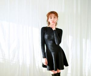 korean, ulzzang girl, and kim shin yeong image