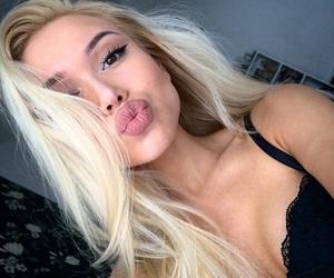 blonde, makeup, and tumblr image