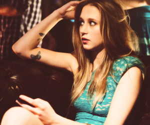 taissa farmiga, violet, and ahs image