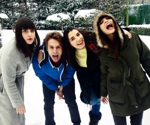 crazy friends, ♡, and medcezir image