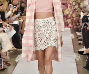 fashion, oscar de la renta, and model image