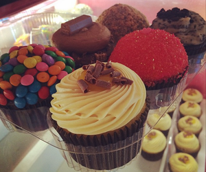 chocolate, colorful, and cupcake image