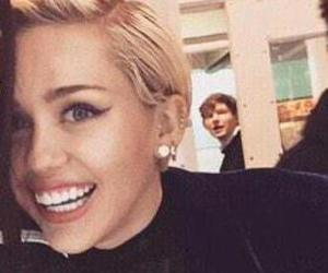 icon, miley cyrus, and Queen image