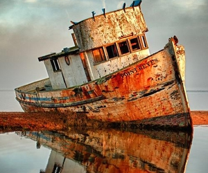 photography and boat image