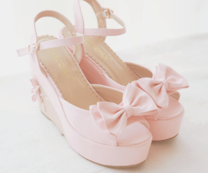 girly, pastel, and shoes image