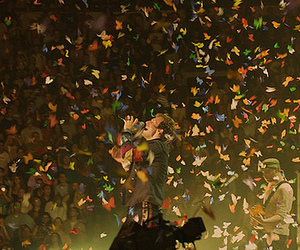 Chris Martin, coldplay, and special effects image