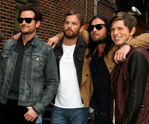 kings of leon, KOL, and loves image
