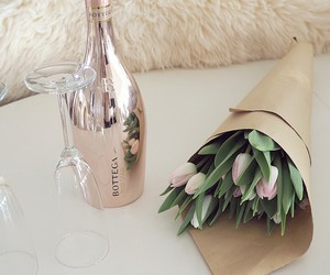 flowers and champagne image