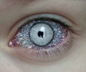 alien, glitter, and scary image