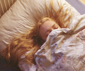 bed, blond, and girl image