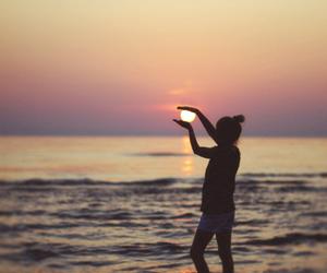 girl, sun, and beach image