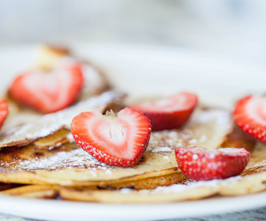 delicious, food, and strawberries image