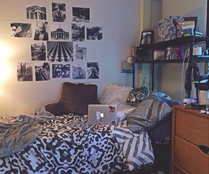bedding, apartment decor, and tumblr room image