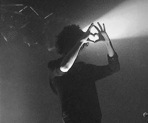 matty healy, the 1975, and black and white image