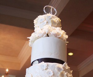 amazing wedding cakes image