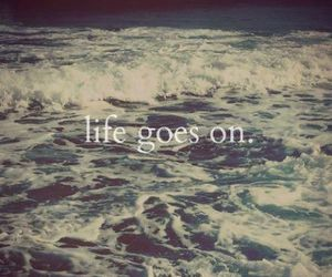 life, quote, and sea image
