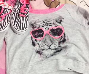 favorite, outift, and lion image