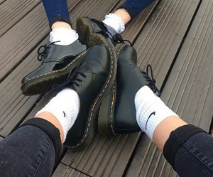 grunge, nike, and shoes image