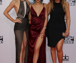 dress, kendall jenner, and kylie jenner image