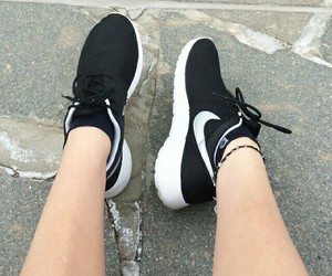 fashion, run, and shoes image