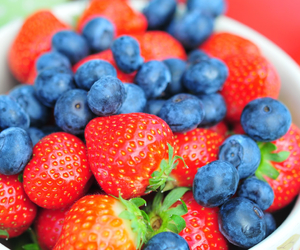 healthy, blueberries, and fruit image