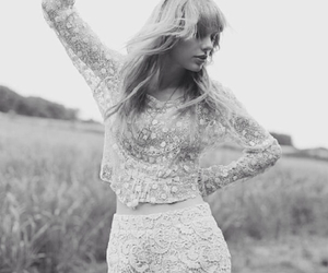 music, taylor, and Swift image