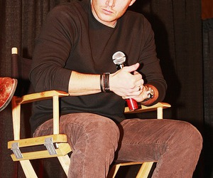 dean winchester, convention, and Jensen Ackles image