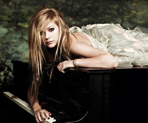Avril, lavigne, and Avril Lavigne image