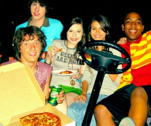 Lola, nickelodeon, and zoey 101 image