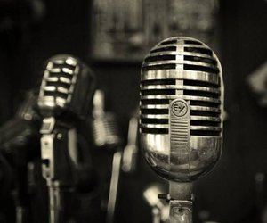 microphone and music image