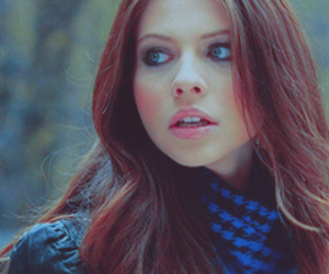 crying and michelle trachtenberg image