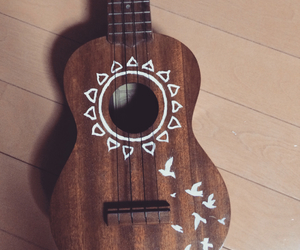 bird, draw, and ukulele image