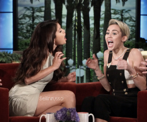 girls, manip, and miley image