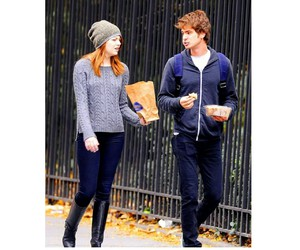 couple, ginger, and stonefield image