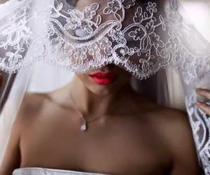 dentelle, lips, and voile image