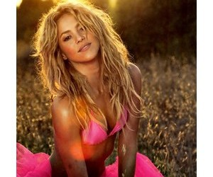 beautiful and shakira image