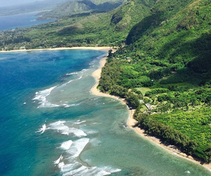 hawaii, iphone, and helicopter image