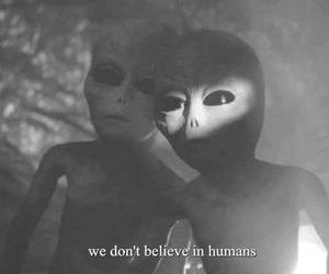 alien, humans, and grunge image