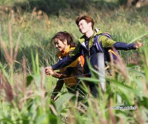couple and park shin hye image