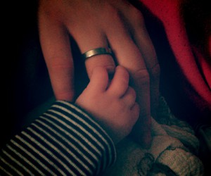 baby, hand, and liebe image