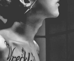gd, jiyong, and tattoo image