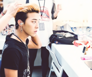 gd and kpop image