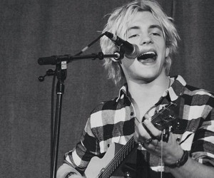 ross lynch, blonde, and r5 image