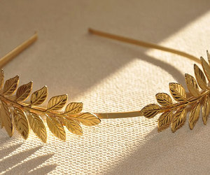 laurel wreath image