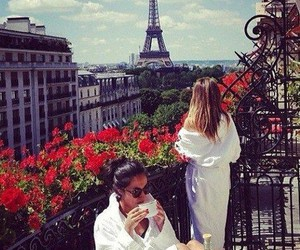 paris, friends, and beauty image
