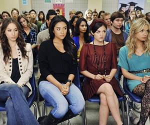 pretty little liars, aria, and pll image