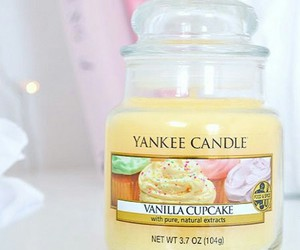 candle, yankee, and pretty image